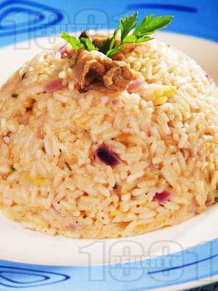 Ризото от бял ориз със сушени манатарки, сирене пармезан и бяло вино - снимка на рецептата